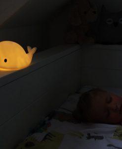 Moby - LED Nachtlampje brandend