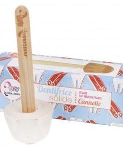 Lamazuna tandpasta op een stokje kaneel